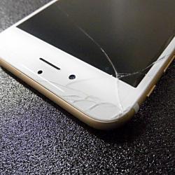 スマートフォンの修理代請求は可能でしょうか?
