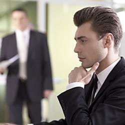 会社法で言うところの「役員等」に含まれる人は?