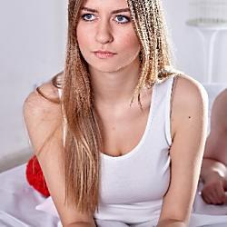無理やり性交渉を迫る夫。慰謝料は取れる?