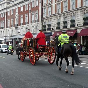 道路交通法上、車両としてあつかわれるのはどっちだ?