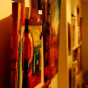 オークションサイトを使う時に美術品の写真撮影は可能?