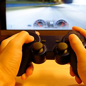 ゲームのプレイ動画を動画投稿サイトに掲載するのは違法?